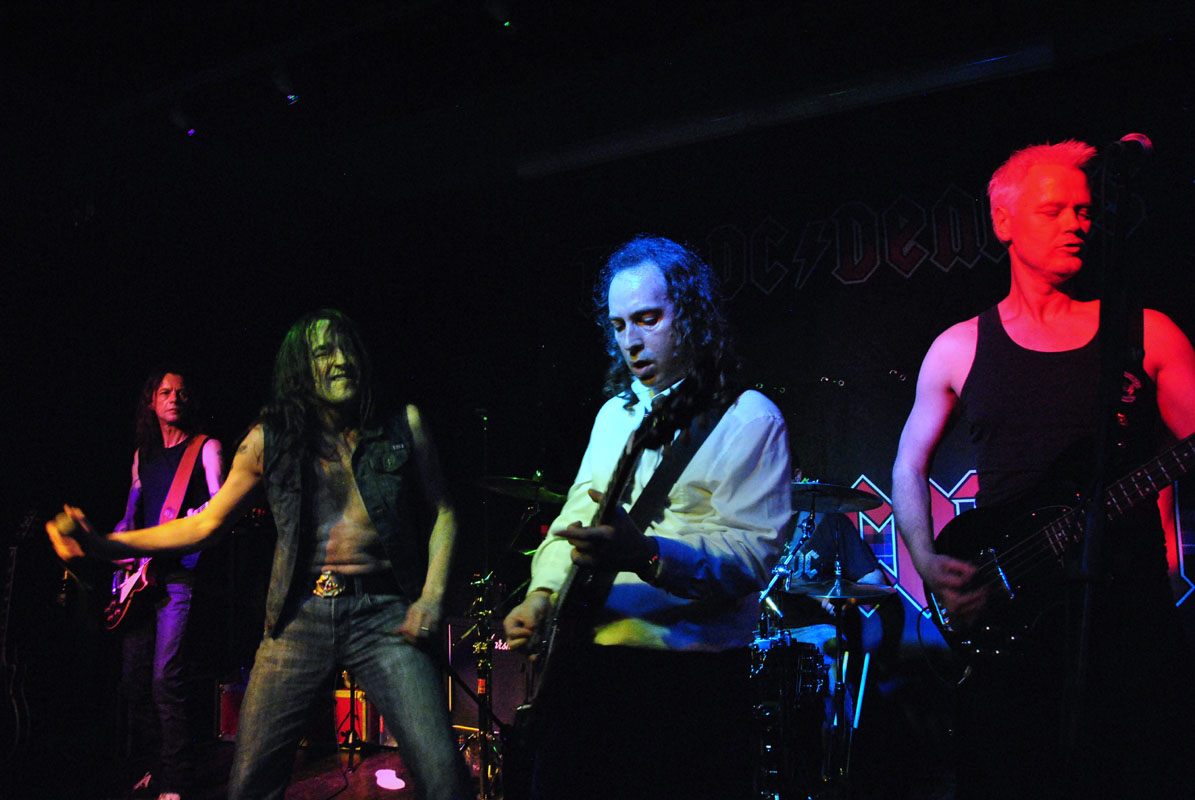 overdose, spektakel asten, bonscotch, ac/dc tribute