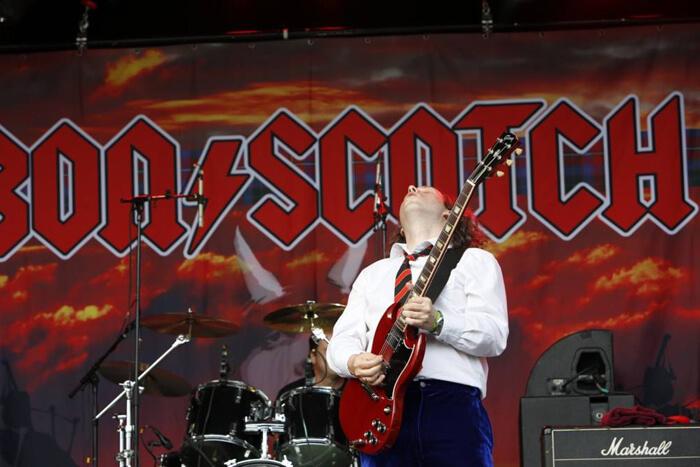 bon scotch, streetrock, bakel, michel, gitarist