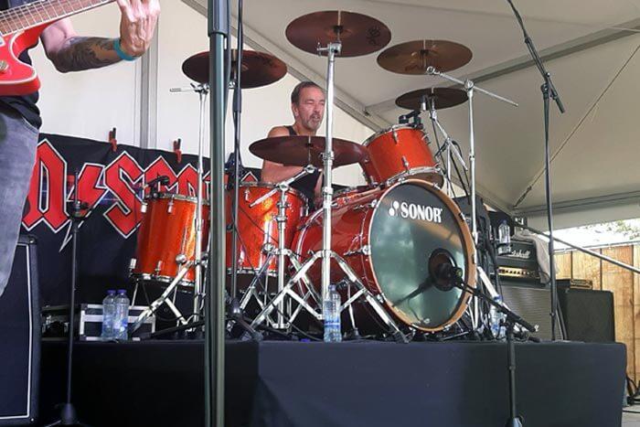 ac/dc tribute band bon scotch, nirwana's borreltuin, wim